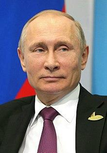 원래 KGB는 Komitet Gosudarstvennoy Bezopasnosti(구소련의 정보기관)의 약자입니다. 이분도 KGB 출신.