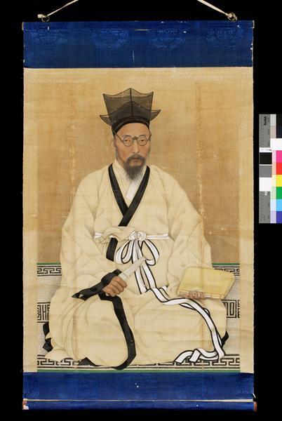 사진을 보고 그린 초상화. 120.7×72.8cm. 보물 1494호. 개인소장.