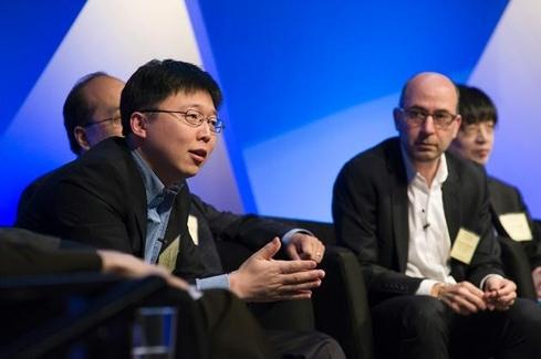 진핵세포에 유전자 가위가 적용될 수 있음을 보인 펭장 MIT 교수 (왼쪽)