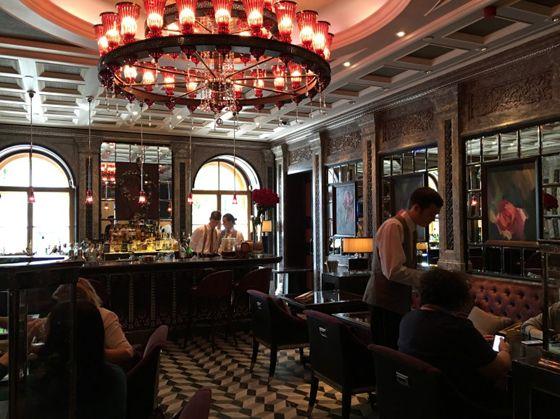 포시즌스 호텔 내 페르코소(Percoso) 레스토랑