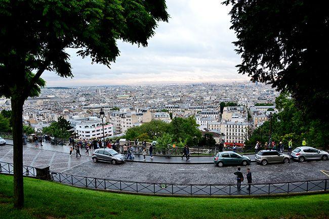몽마르트 언덕에서 내려다보는 파리 풍경. 에펠탑 전망대보다 몽마르트 전망이 더 예뻤다.