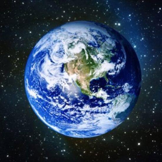 미니를 타고 있노라면 우리 사는 지구가 얼마나 단단한 곳이었는지 새삼 확인하게 된다. 누군가에겐 그냥