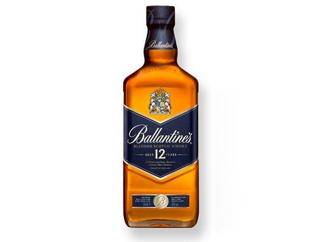발렌타인 12는 12년산 위스키 답지 않은 은은한 향과 부드러운 맛을 낸다. 위스키 초보자에게 추천할 만한 술이다. /사진=홈페이지 캡처
