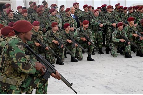 유럽연합(EU)의 통제 하에 중앙아프리카 안정화작전에 파병 중인 포르투갈 특수부대의 모습 /출처=http://expresso.sapo.pt/