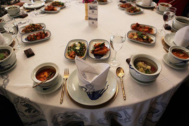 요리 실습이 끝난 뒤 학생들이 직접 만든 음식들로 차려진 식탁