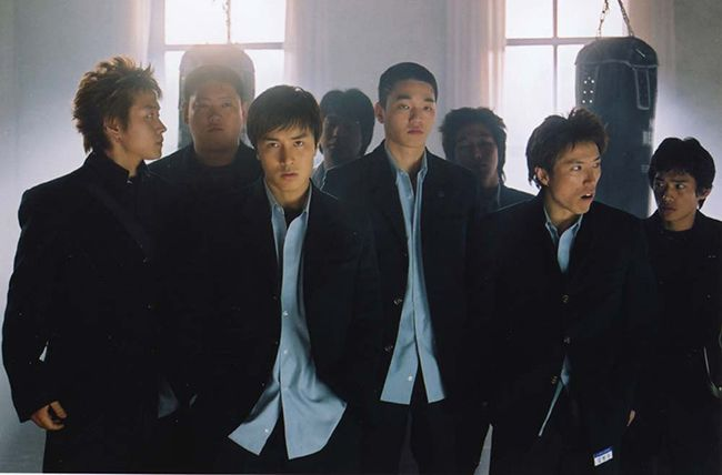 배우 문지윤의 영화 데뷔작은 2004년 개봉한 코믹 액션물