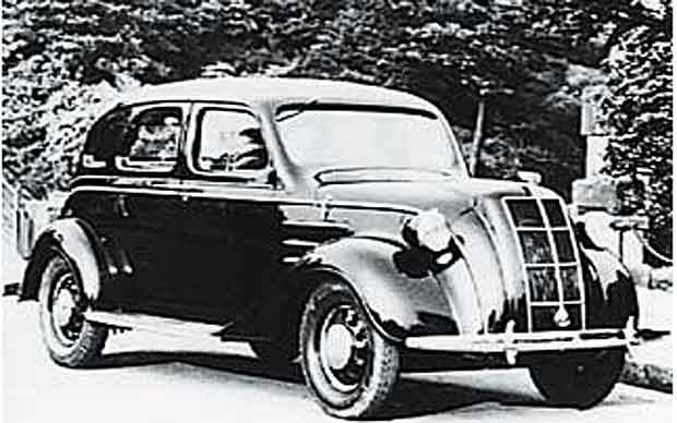 1936년 출시한 도요타의 첫 번째 자동차. 도요타는 이후 일본의 국민 차 브랜드로 성장해 세계 시장에서도 성공을 거뒀다.
