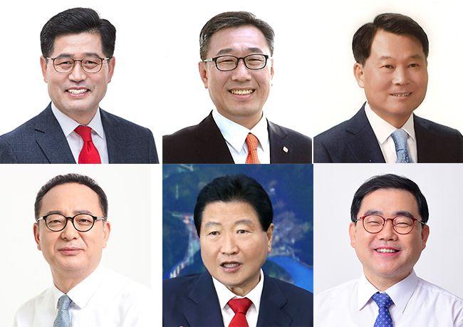 (왼쪽부터) 조진래 한국당 후보, 석영철 민중당 후보, 이기우 무소속 후보, 정규현 바른미래당 후보, 안상수 무소속 후보, 허성무 민주당 후보