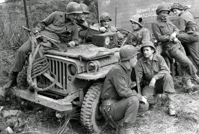지프의 원형으로 꼽히는 윌리스 MB. 2차 세계대전부터 6·25전쟁까지 무수히 많은 전장터를 누빈 모델이다.