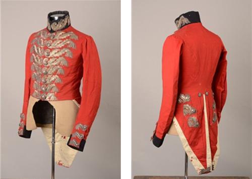 연미복은 원래 장교들의 제복이었다. 1840년 경 영국 근위대 장교의 연미복 /출처=이베이