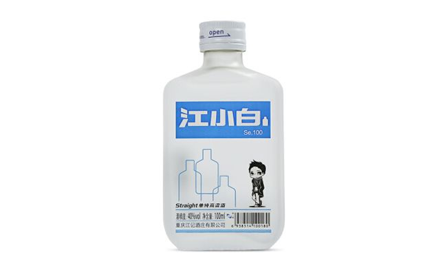 강소백 고량주 100㎖를 한 병에 담은 제품 '강소백 se100'. 한손에 쏙 들어오는 크기에 디자인도 젊은 풍이라 눈길을 끈다. /사진=홈페이지 캡처