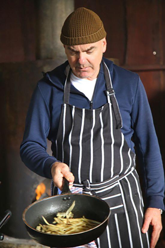 축제에서 각종 트러플 요리를 선보인 호주 셰프 마크 베스트