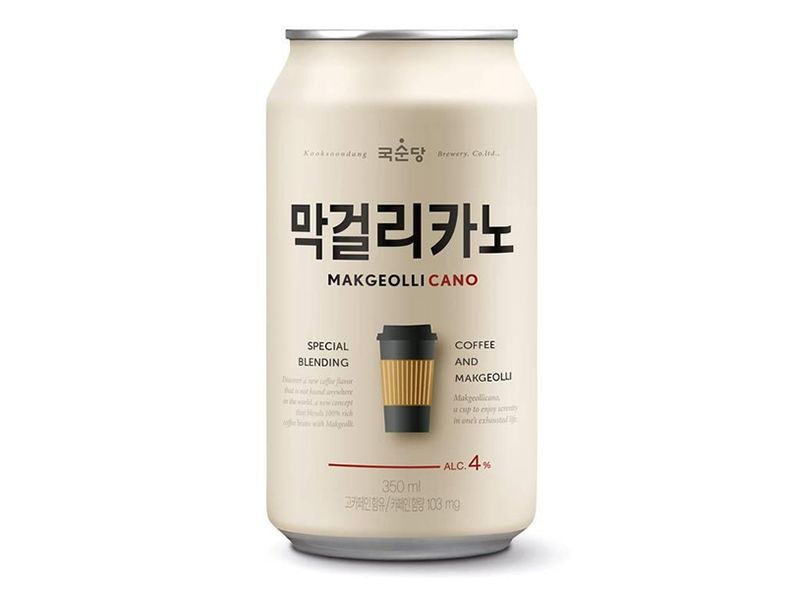 막걸리에 커피파우더를 넣은 막걸리카노. 커피맛 아이스바를 녹이고 거기에 탄산수를 탄 맛이 난다./사진=홈페이지 캡처