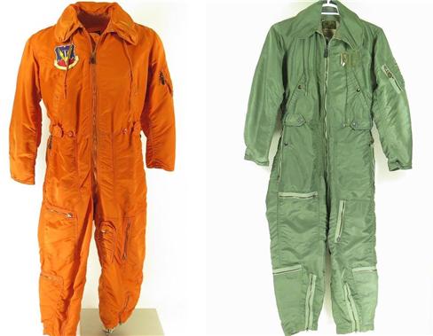 미 해군항공의 조종복(좌)과 공군의 조종복(우) /출처=이베이