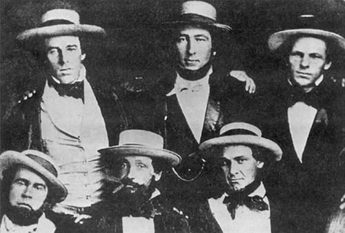 1849년 뉴욕 키커보커스 팀의 모습. 정장에 밀짚 모자를 썼다. /출처=https://www.qilonyc.com/blog/2016/7/21/the-history-of-snapback