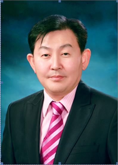 서울대학교<br/>김수욱 교수