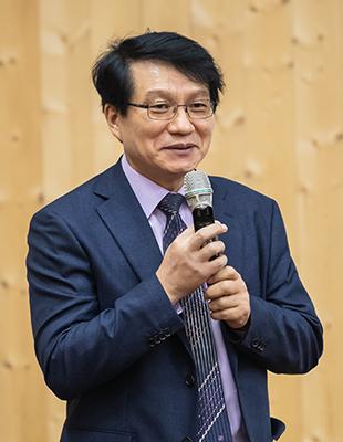 단국대학교<br/>김원중 교수