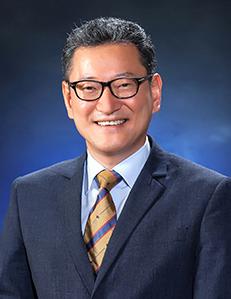 서강대학교<br/>김용진 교수