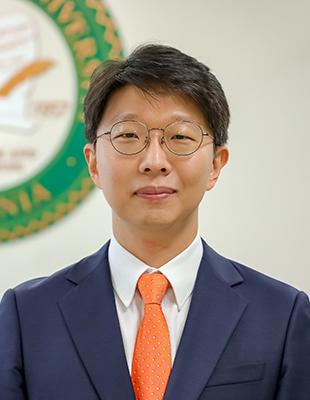 한국조지메이슨대학교<br/>이규탁 교수