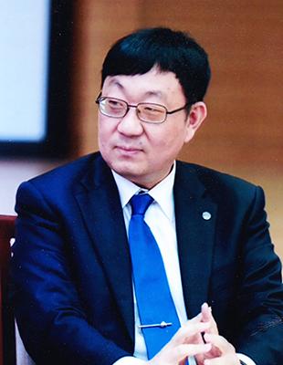한양대학교<br/>최원철 특임교수