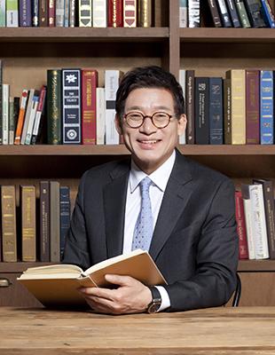 더리드 법률사무소<br/>윤경 대표변호사