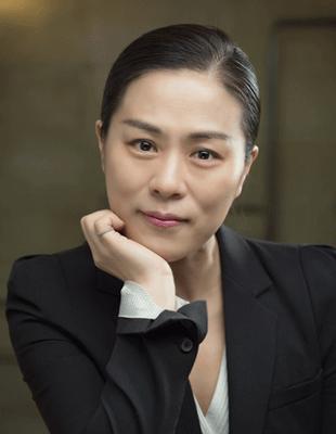 리누갤러리&컬처<br/>쥴리정 대표 및 예술감독