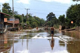 댐 사고로 물난리를 겪은 라오스 아타푸주의 한 마을 전경. <사진=연합뉴스>