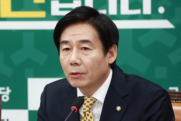 이용호 의원[사진=연합뉴스]