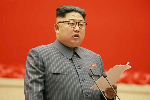 """평양에서 21일 북한노동당 제5차 """"세포위원장 대회""""가 개막했다고 노동신문이 22일 보도했다. 김정은 노동당 위원장이 개회사를 했다. 2017.12.22 [사진출처=연합뉴스]"""