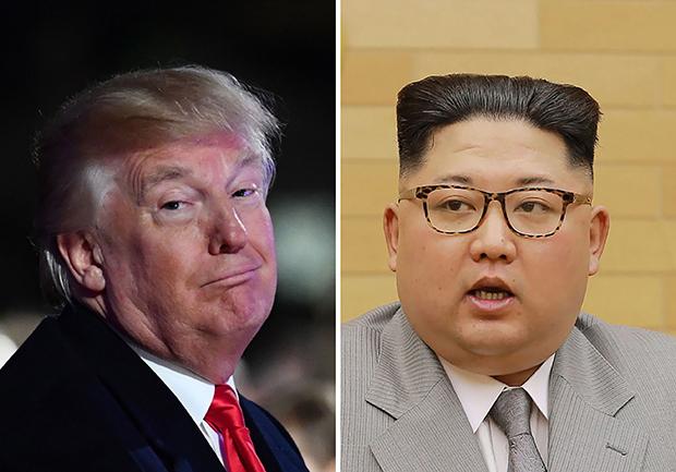 트럼프 대통령이 지난 해 11월30일 백악관 국가 크리스마스 트리 점등식에서 미소짓는 모습(왼쪽)과 북한 김정은이 지난 1일 평양에서 신년사를 발표하는 모습. [사진=연합뉴스]