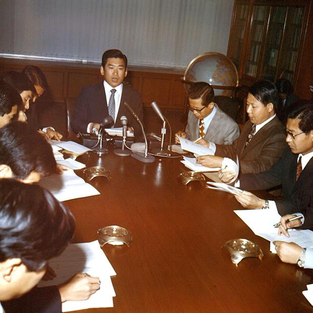 1972년 10월 김성진 청와대 대변인 개헌안 발표하고있다.[사진=국가기록원]