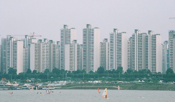 The City Of Seoul Is Mulling To Lift 35 Floor Cap On An Apartment Building Diversify Riverside View And Skyline Across Han River