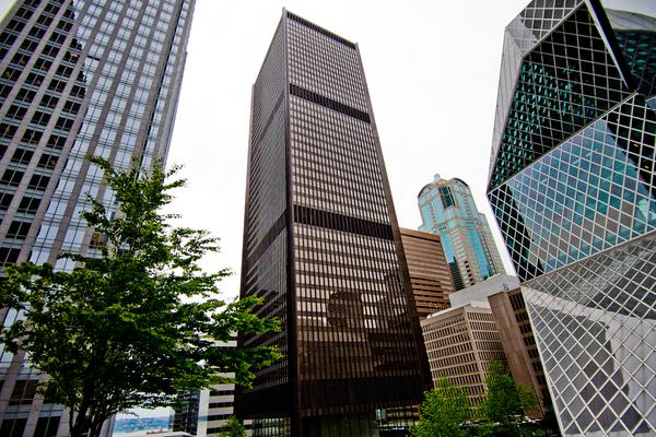 Korean investors to purchase Safeco Plaza in Seattle at $387