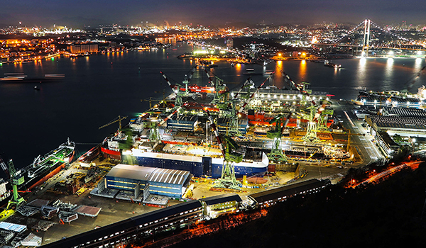 S  Korean shipyards top global rank in April order book