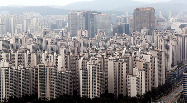 Apartment Prices In South Korea Fell To A Five Year Low The Second Quarter As Sky High Seoul Show Signs Of Cooling Down And Certain