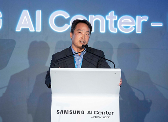 Daniel D. Lee, chief of Samsung`s AI research center in New York City, speaks during opening ceremony on Sep, 7. [Photo provided by Samsung Electronics Co.]