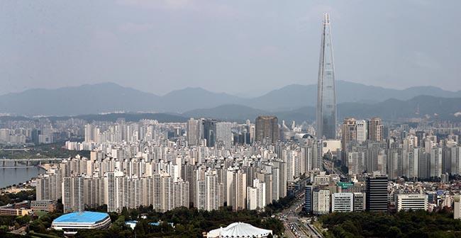 [김세형 칼럼] 8만명 부동산稅 특혜, 김수현은 해결하라 - 매일경제