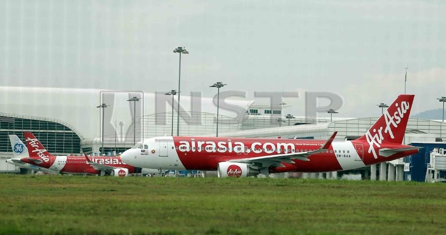 AirAsia Group chief executive officer Tan Sri Tony Fernandes said the transaction was part of its ongoing transformation into something more than an airline. NSTP/SAIFULLIZAN TAMADI.