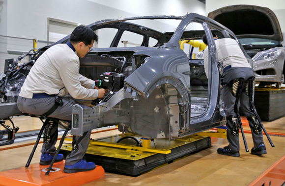 Hyundai Motor ramps up robotics research in automation push - 매일