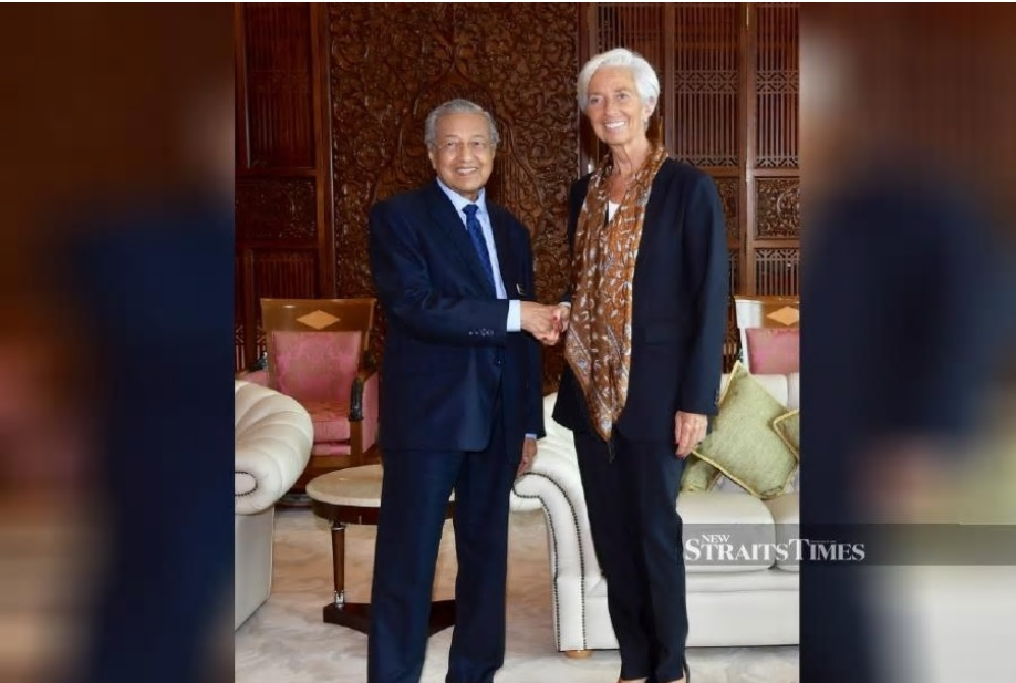 Prime Minister Tun Dr Mahathir Mohamad greeting International Monetary Fund managing director Christine Lagarde at Perdana Putra in Putrajaya yesterday. BERNAMA PIC