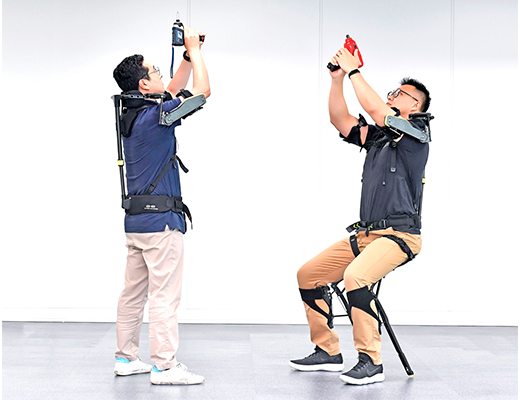 Hyundai Motor develops wearable vest robot for industrial