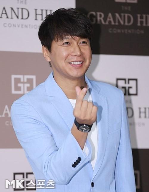배우 김승현과 방송작가 장정윤 씨가 내년 결혼식을 올린다. 사진=김영구 기자