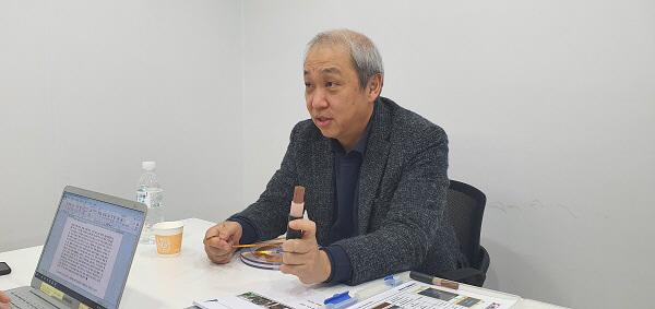 문승현 서남 대표가 지난 13일 사무실에서 인터뷰를 하고 있다. [사진 제공 = K2C&I]