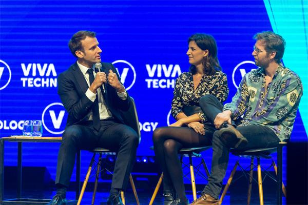 작년 파리에서 열린 비바테크에 참가한 마크롱 대통령(맨 왼쪽). [사진 제공 = 비바테크]