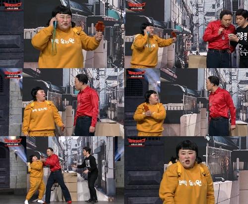 홍윤화가 '코미디 빅리그'에서 웃음 치트키로 활약하고 있다. 사진=코빅 캡처