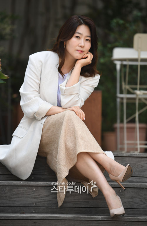 김지영은 46살의 나이에 액션 연기를 하는 것이 쉽지 않았다고 털어놨다. 사진|유용석 기자