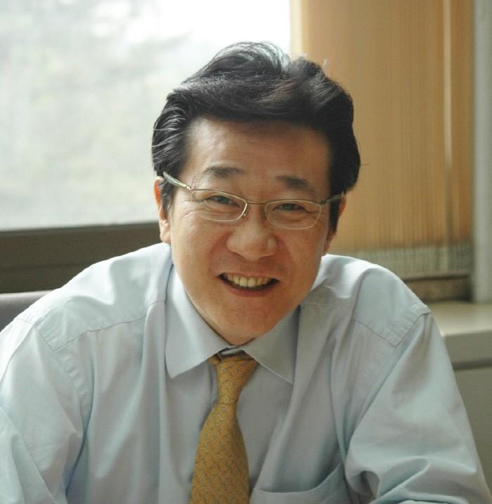 국제자동제어연맹(IFAC) 차기 회장으로 선출된 조동일 서울대 전기정보공학부 교수.
