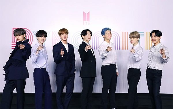 Each Bts Member S Net Worth Estimated At 450 Mn After Big Hit Ipo Pulse By Maeil Business News Korea