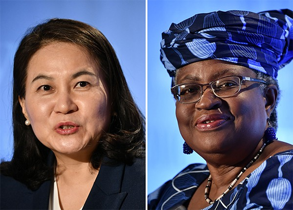 Yoo Myung-hee, South Korea's trade minister (left) and Ngozi Okonjo-Iweala, Nigeria's former finance minister and foreign affairs minister (right) [Photo by Yonhap]