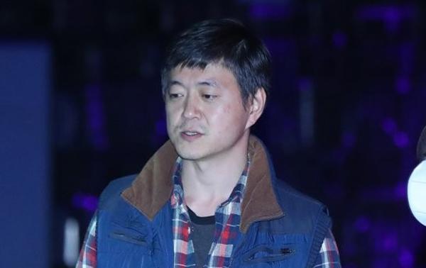 """""""문 준용, 코로나 피해 4 줄 쓰고 1400 만 원 받음"""""""